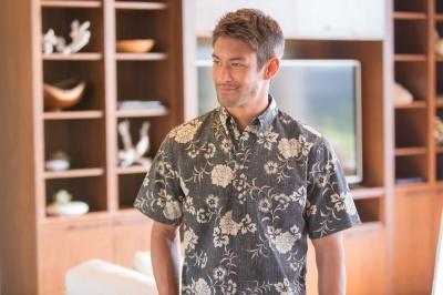 Reyn Spooner Kupulau Pareau Aloha Shirt
